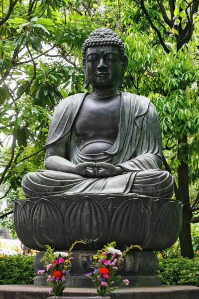 Wall Art - Photograph - Meditating Buddha Statue by Uig