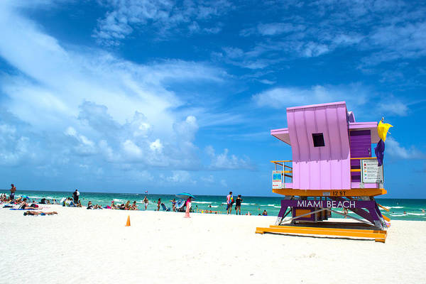 Wall Art - Photograph - Miami Beach, Florida by Antonio Metzger