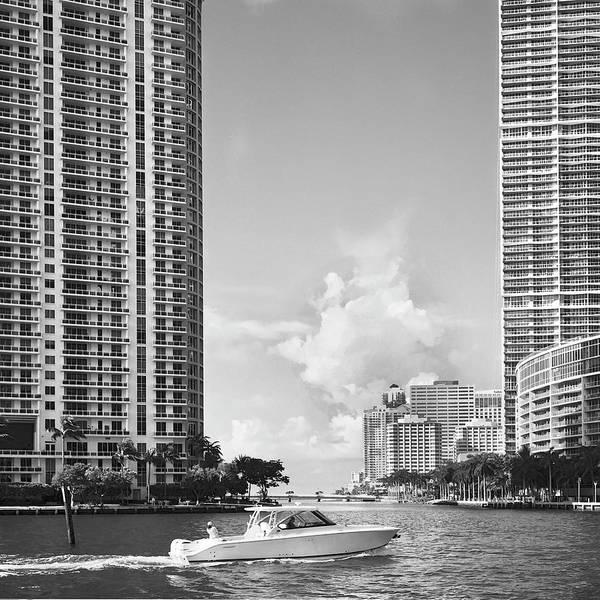 Photograph - Miami River Rl071901 by Rudy Umans