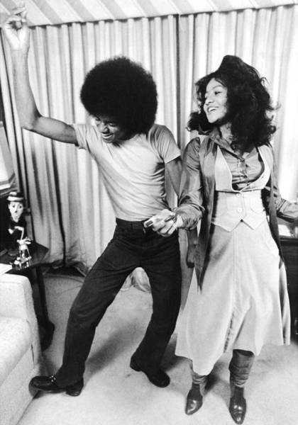Wall Art - Photograph - Michael Jackson Dances With His by New York Daily News Archive