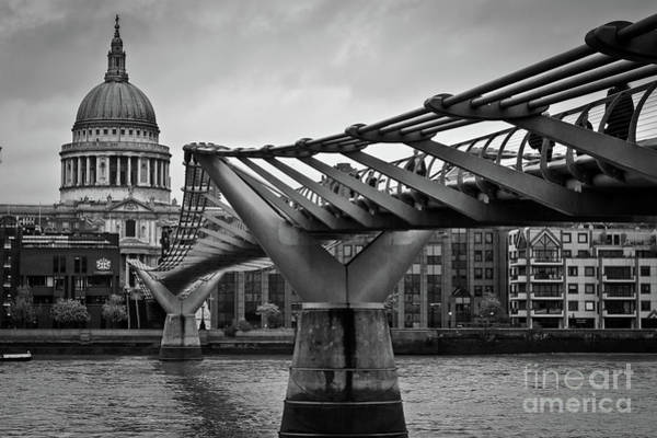 Millennium Bridge 01 Art Print