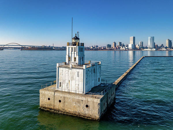 Photograph - Milwaukee Breakwater Light by Randy Scherkenbach