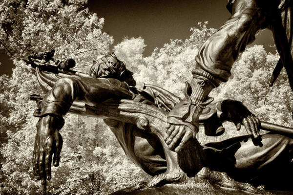 Wall Art - Photograph - Mississippi Memorial At Gettysburg by Paul W Faust - Impressions of Light
