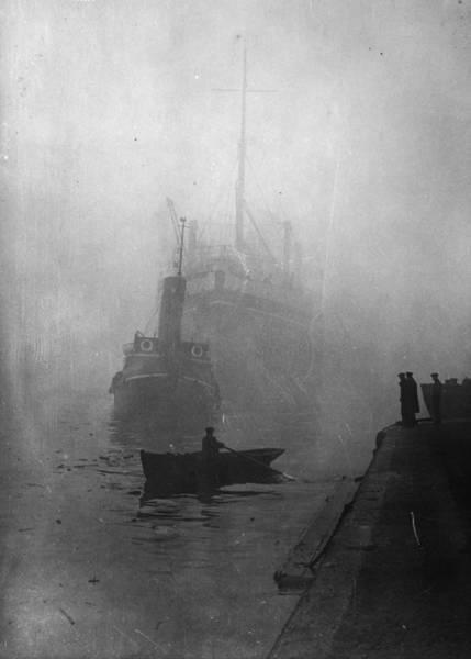 Fox River Wall Art - Photograph - Misty Thames by Fox Photos