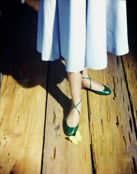 Wall Art - Photograph - Model In Green Capezio Shoes by Horst P. Horst