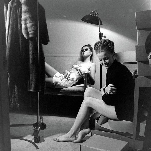 Neiman Photograph - Models At The Neiman Marcus Store, An by Nina Leen