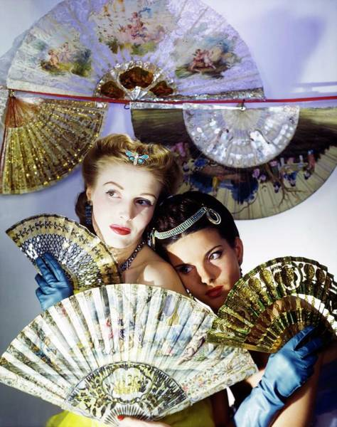 Wall Art - Photograph - Models In Max Factor With Fans by Horst P. Horst