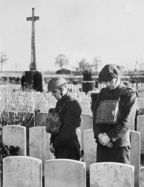 British Armed Forces Photograph - Moment Of Prayer by Fox Photos