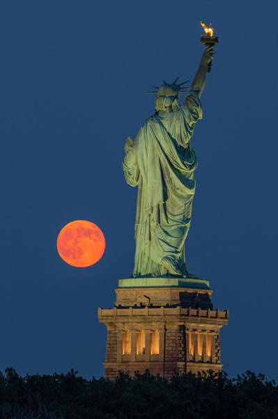 Wall Art - Photograph - Moon Rise By Statue Of Liberty by Susan Candelario