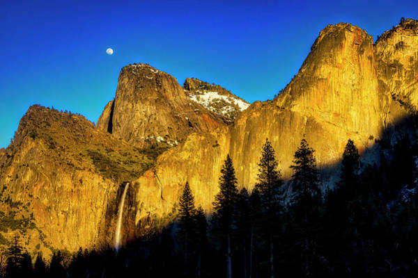 Moonrise Over Bridalveil  Falls Art Print