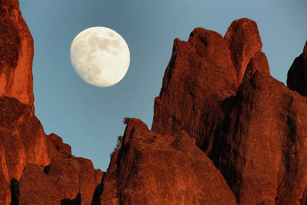 Monterey Park Photograph - Moonrise Over Pinnacles High Peaks by Don Smith