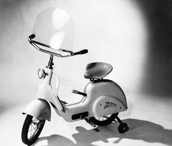 Wall Art - Photograph - Moped by Chaloner Woods