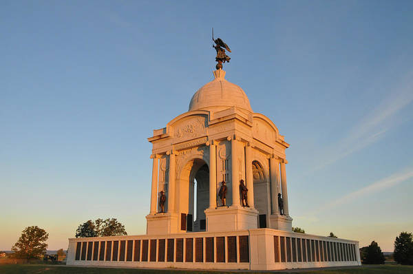 Photograph - Morning At The Gettysburg Memorial by Bill Cannon