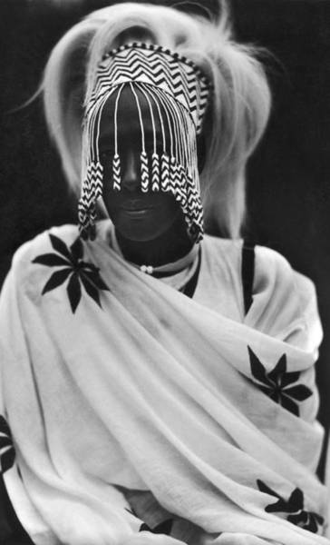 Photograph - Mother Of Mutara IIi by Paul Popper/popperfoto