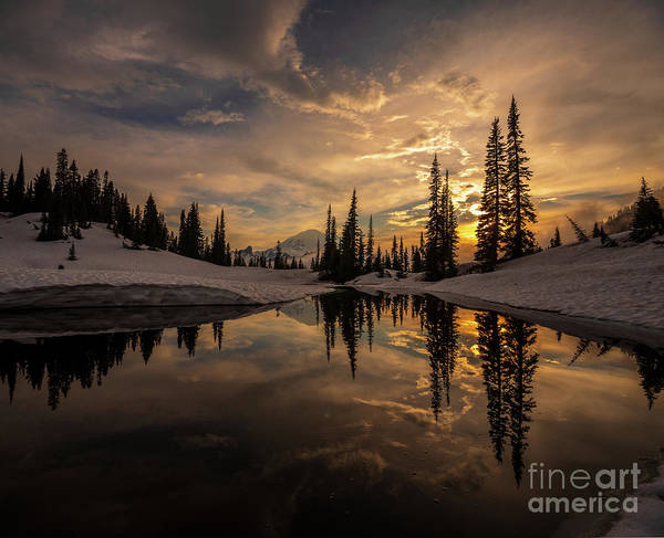Wall Art - Photograph - Mount Rainier  Dusk Skies Contemplation by Mike Reid