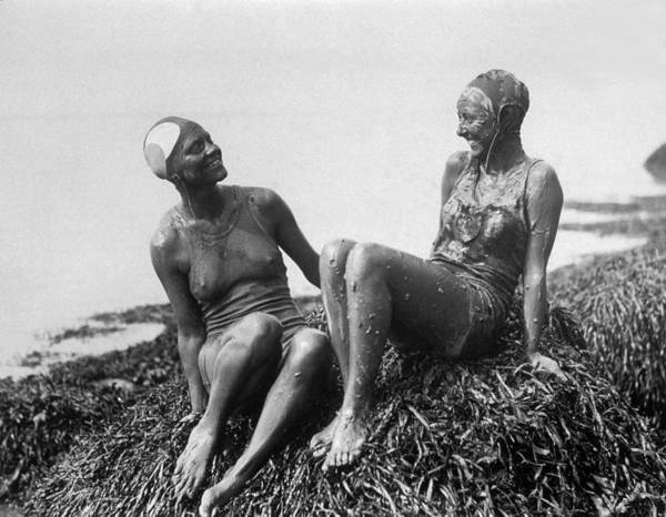 Super Sport Photograph - Mud Bathers by Hulton Archive