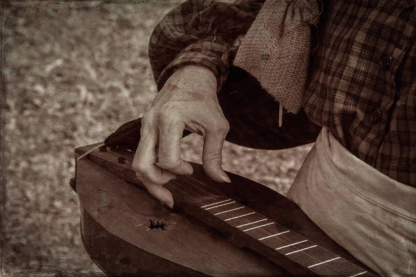 Photograph - Musician 1349 by Guy Whiteley