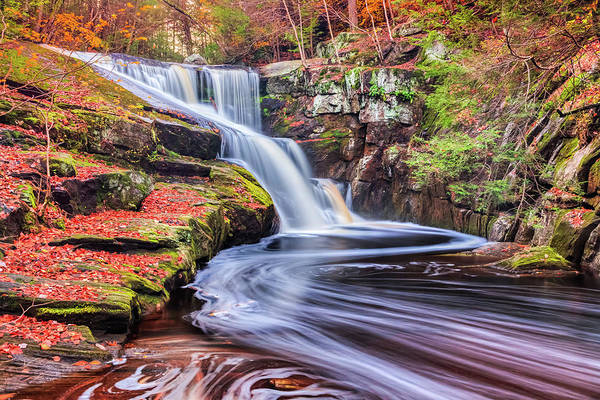New England Autumn Photograph - New England Enders Falls During Autumn by Enzo Figueres