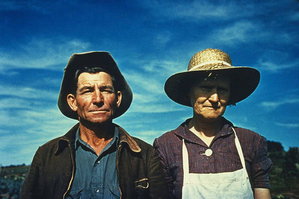 Apron Photograph - New Mexico Migrants by Russell Lee