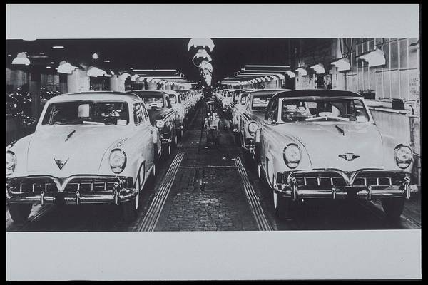 Manufacturing Plant Wall Art - Photograph - New Studebakers From Southbend by Archive Holdings Inc.