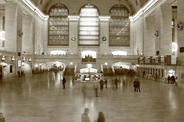 Central Business District Wall Art - Photograph - New York City Grand Central by Shunyufan
