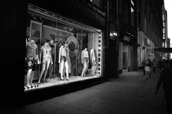 Photograph - New York, New York 12 by Ron Cline