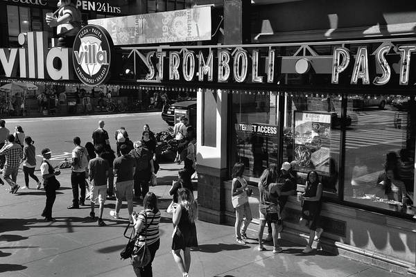 Photograph - New York, New York 23 by Ron Cline
