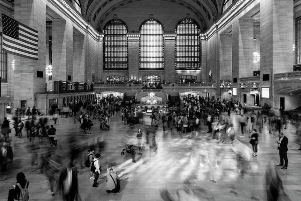 Grand Central Terminal Wall Art - Photograph - New York, New York, Usa - Passengers by Panoramic Images