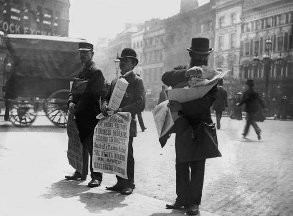 Newspaper Photograph - Newspaper Vendors by Hulton Archive