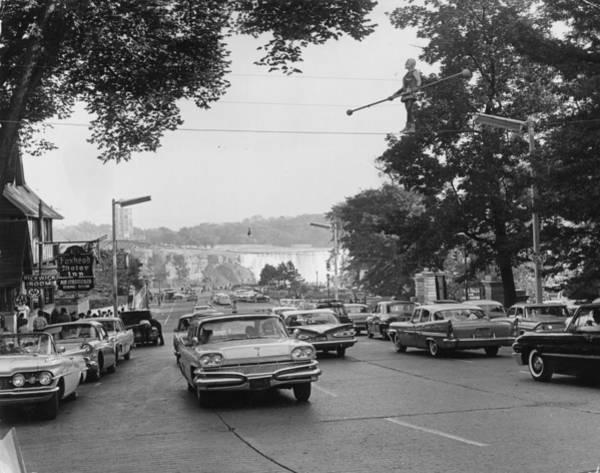 1961 Photograph - Niagara Falls Road by Keystone