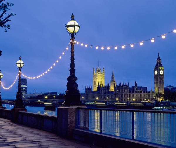 Houses Of Parliament Wall Art - Photograph - Night Skyline, London, England by Hiroshi Higuchi