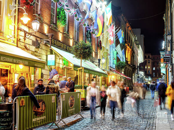 Wall Art - Photograph - Night Walk Past Oliver St. John Gogarty's In Dublin by John Rizzuto