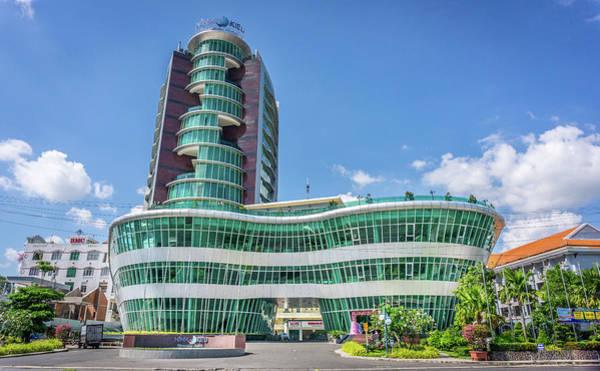 Photograph - Ninh Kieu Hotel by Gary Gillette
