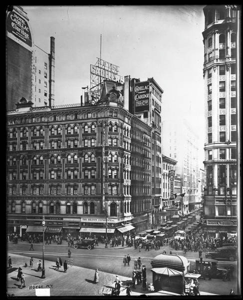 East Side Photograph - North Side Of 43rd Street by The New York Historical Society
