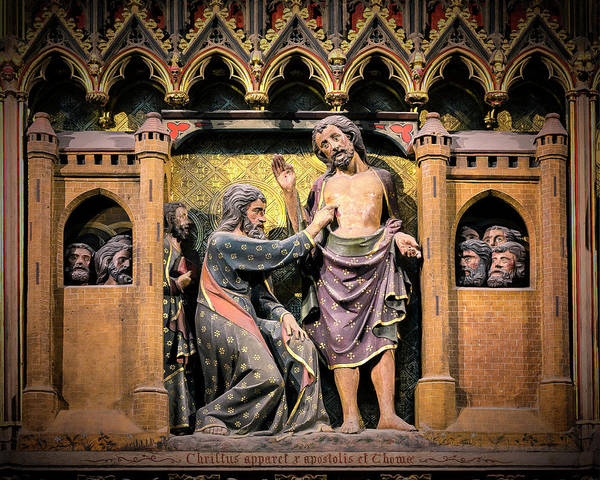 Wall Art - Photograph - Notre Dame - St Thomas And The Risen Christ by Stephen Stookey