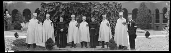 Wall Art - Photograph - N.w. Pilgrimage, 1915 by Fred Schutz Collection