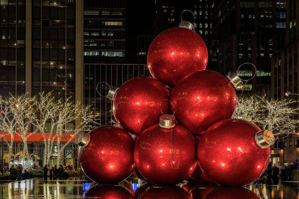 Wall Art - Photograph - Nyc Christmas by Susan Candelario