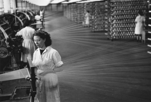 Reportage Photograph - Nylon Spinners by Picture Post