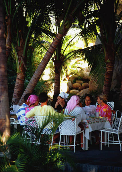 Villa Photograph - Oberons Lunch by Slim Aarons