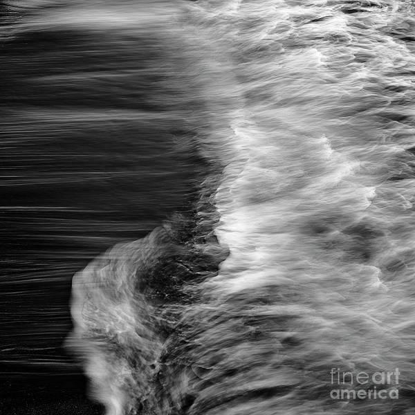 Photograph - Ocean 17 by Patrick M Lynch
