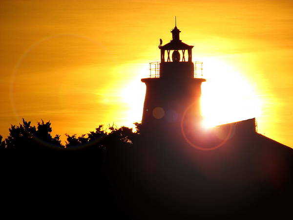 Mid Atlantic Digital Art - Ocracoke Island Lighthouse Sunrise by Matt Richardson