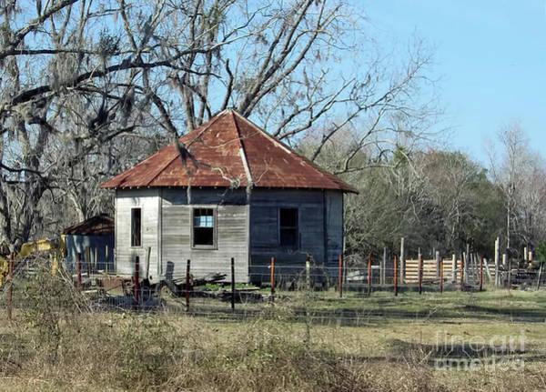 Photograph - Octagon Barn by D Hackett