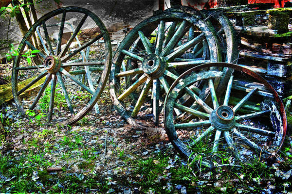 Photograph - Off The Wagon by Randi Grace Nilsberg