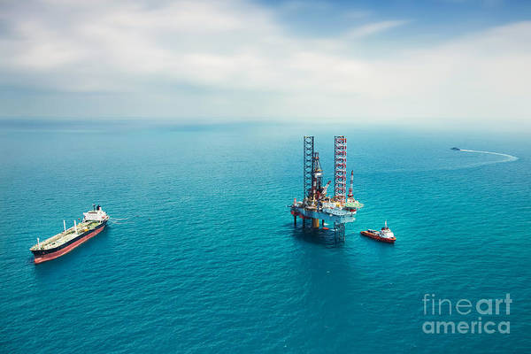 Fuel Wall Art - Photograph - Oil Rig In The Gulf by Kanok Sulaiman