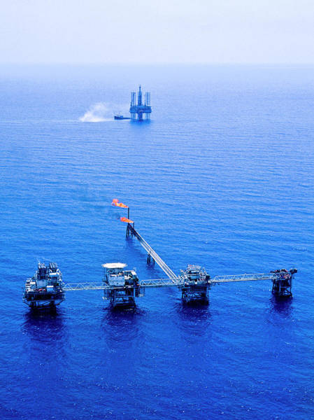 Offshore Wall Art - Photograph - Oil Rig by Mslightbox