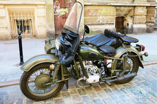 Photograph - Old Army Bike by Teresa Zieba