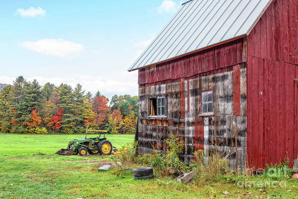 Wall Art - Photograph - Old Barn Central Vermont by Edward Fielding