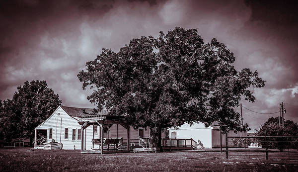 Wall Art - Photograph - Old Country House  by Edward Garey