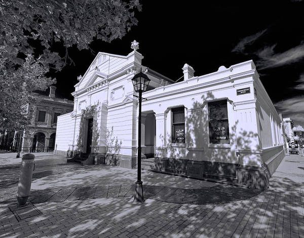 Wall Art - Photograph - Old Court House by Wayne Sherriff