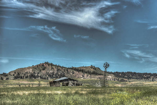 Photograph - Old Farmstead by Laura Hedien